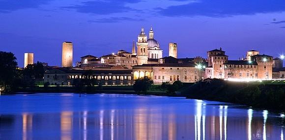 Mantova gli incentivi di Comune e Regione per aprire dei franchising  nel centro storico vanno a vuoto